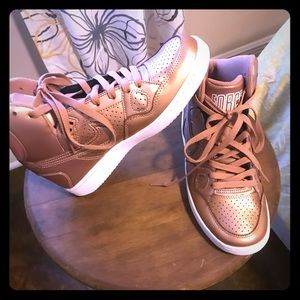 💐NIKE FORCE. ROSE GOLD HIGH TOP SNEAKERS. EUC